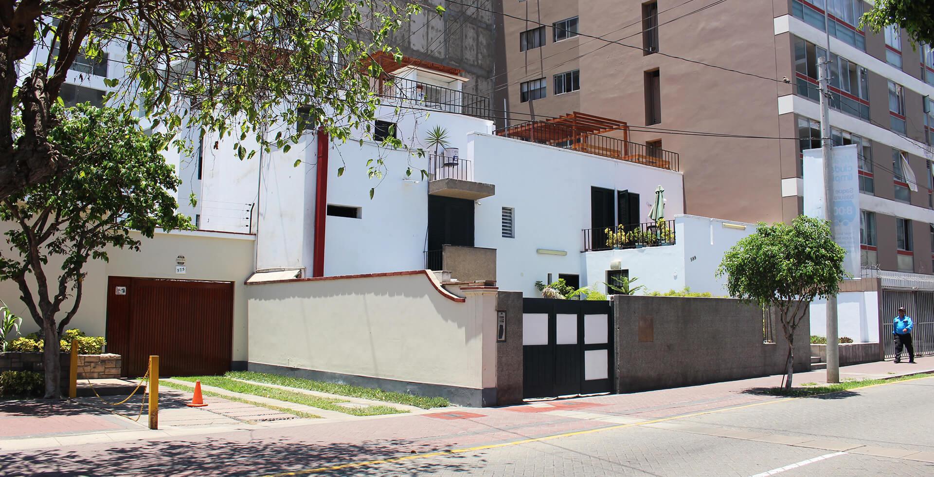 Hostales-hostal-hostel-hostels-miraflores-lima-peru